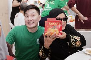 darren with muslim senior 1